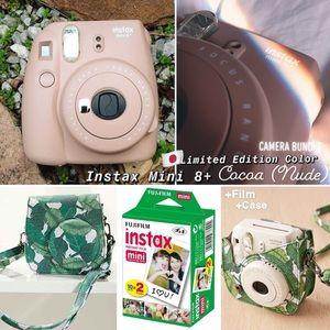 •Instax 8+ Mini Instant 🍩 Polaroid Camera Bundle•